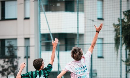 Come imparare a comunicare meglio giocando a frisbee