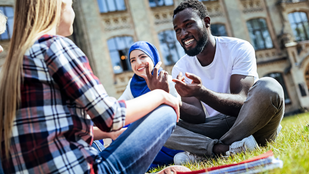 Dissentire con grazia: il galateo della buona conversazione
